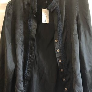 NEW w/tags Saks 5th Ave silk button down blouse